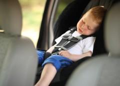 Де посадити дитину в машині: експерти дали точну відповідь