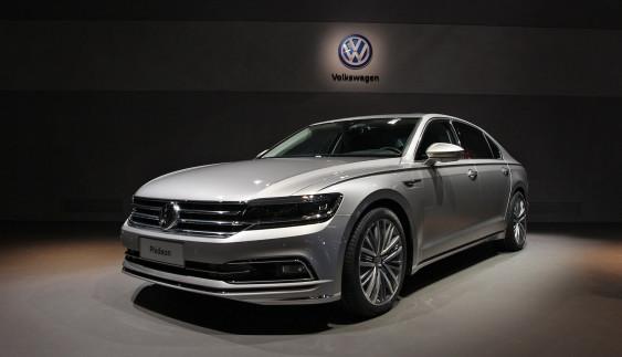 Volkswagen презентував новий великий седан (ФОТО)