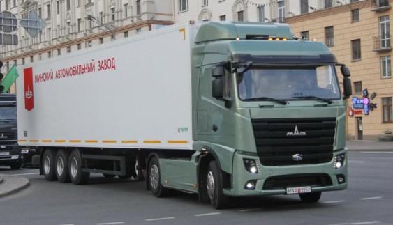 Нова вантажівка МАЗ екологічного рівня Євро-6