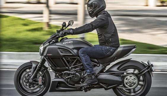"""Найкрасивіший мотоцикл року """"мчить"""" в Україну"""