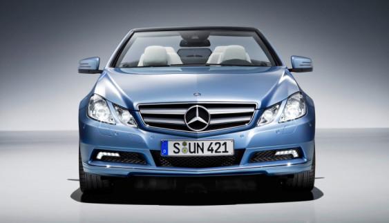 Mercedes-Benz почав випускати культовий бізнес седан нового покоління