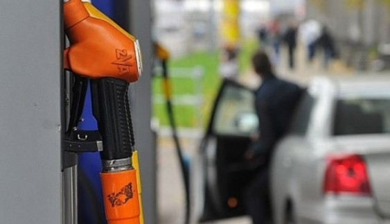 У Києві водіїв чекає небезпека на АЗС