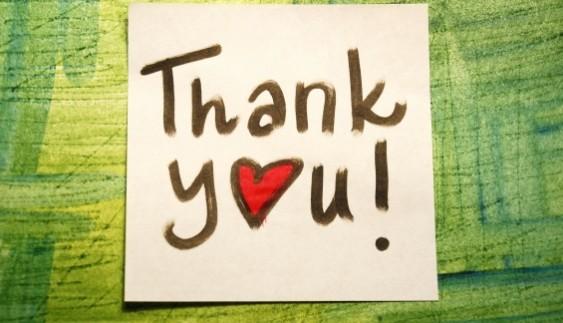 Такого ви ще не бачили: найнесподіваніший спосіб подякувати на дорозі (відео)