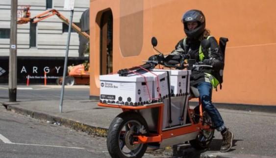 Замість фур: студент винайшов вантажний мотоцикл (відео)