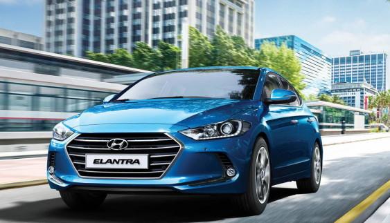 Нова Hyundai Elantra: розкрито подробиці