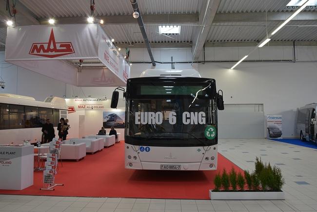 novye-ukrainskie-avtobusy-na-vystavke-v-polshe_10