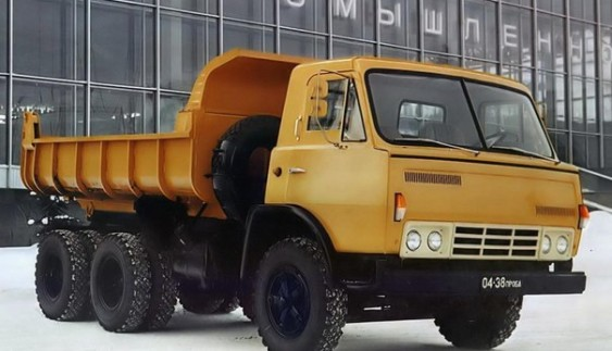 ЗІЛ-170 – вантажний автомобіль з колісною формулою 6×4