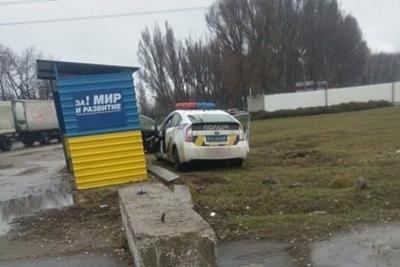 Як українські патрульні ховаються в кущах і за зупинками