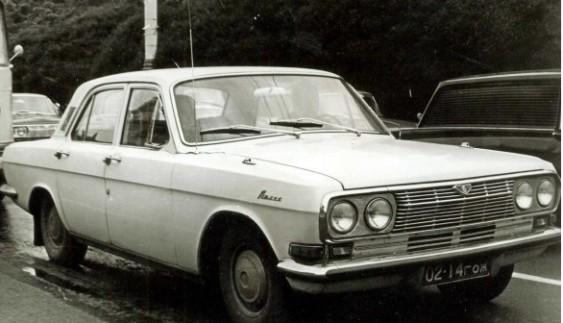 """ГАЗ-24-16 (1966) – """"Волга"""" з 6-циліндровим двигуном"""