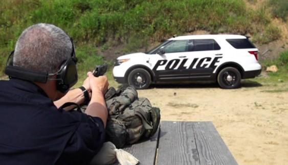 Патрульні авто перетворяться в броньовики: відео випробувань