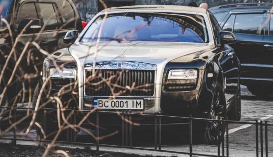У Львові засвітився унікальний Rolls-Royce (ФОТО)