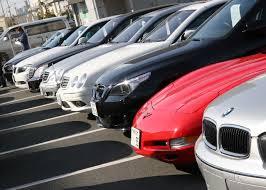 В Україні пропонують не знімати автомобілі з обліку