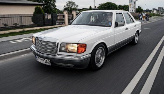 Приголомшливий Mercedes-Benz W126 Lorinser