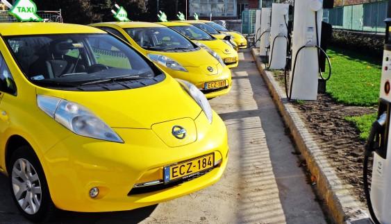 На вулицях Києва з'явиться новий вид таксі