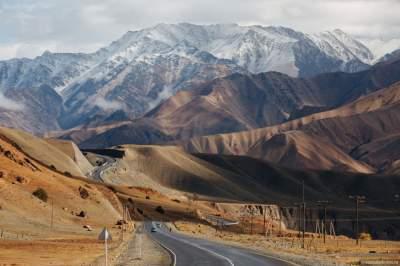 Сім найкрасивіших у світі доріг (фото)