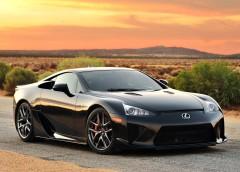 Lexus готується до презентації нового LFA