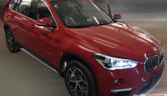 У Мережі з'явилися шпигунські фото подовженого BMW X1