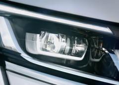 Компанія Renault опублікувала тизер великого позашляховика