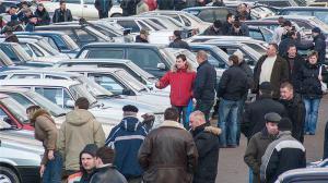 """""""Автолобісти"""" протестують проти можливого скасування мита на авто"""