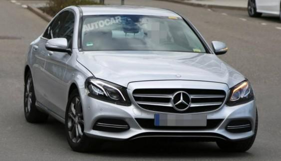 Mercedes-Benz C-Class 2017: перші фото седана
