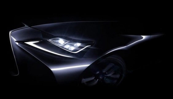 Опубліковано перший тизер оновленого седана Lexus IS