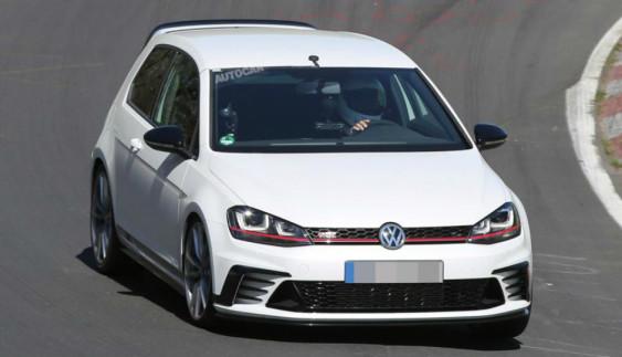 Volkswagen вивів на тести екстремальний Golf GTI