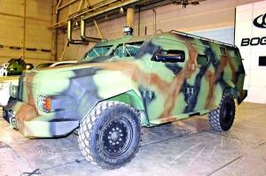 """Відбулися випробування нового українського бронеавтомобіля """"Барс-8"""""""