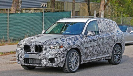 """BMW почало тести """"зарядженої"""" версії SUV X3"""