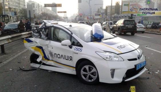В українській поліції назвали кількість розбитих авто
