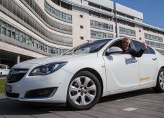 Opel Insignia проїхав без дозаправки 2111 кілометрів
