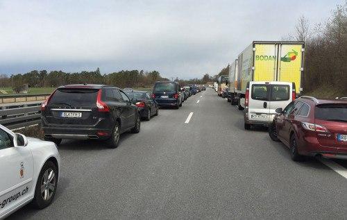 """Урок українцям: як в Німеччині поступаються дорогою автомобілям """"швидкої допомоги"""""""