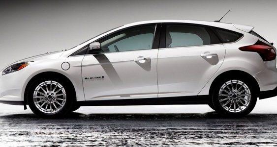 «Форд» підтвердив розробку конкурента Tesla Model 3