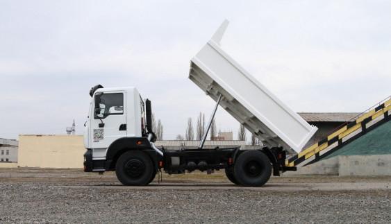 КрАЗ запропонує аграріям особливі вантажівки