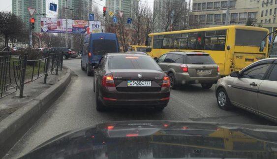 Як росіяни маскують номери в Україні