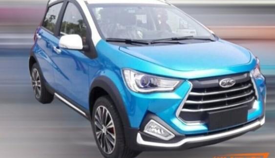 Новий JAC Refine S1 SUV помічений на дорогах Китаю