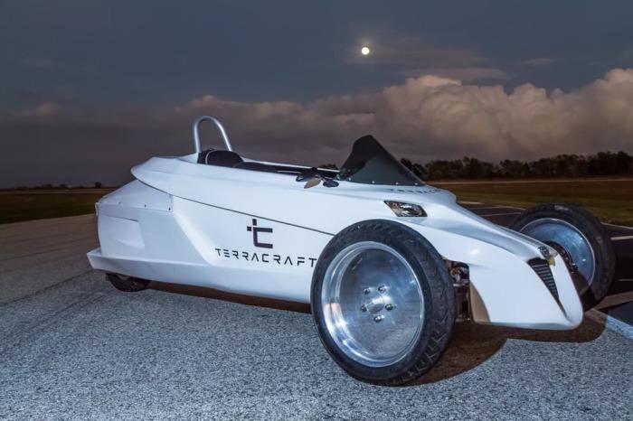 terracraft-2016-tilting-three-wheeler-3