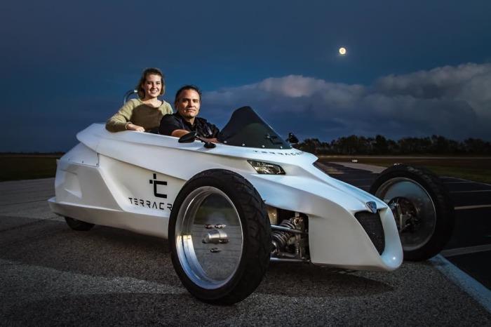 terracraft-2016-tilting-three-wheeler-8