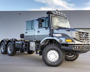 Два монстри Mercedes-Benz: всюдихід і суперваговоз