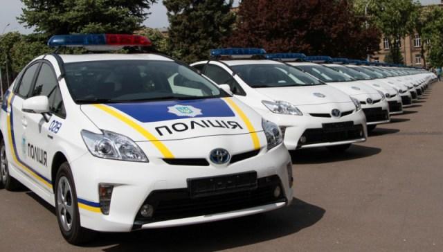 toyota-prius-police