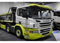 Чотиривісна вантажівка для міських вулиць Scania Urban Tipper