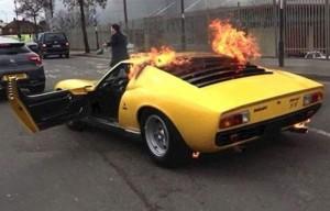 На СТО спалили спортивний автомобіль за 1,6 млн доларів