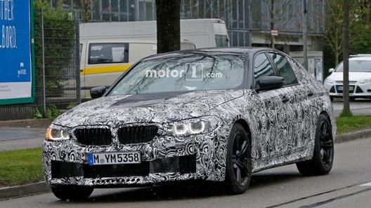 З'явилися знімки нового BMW M5