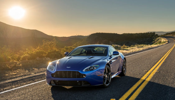 Озвучена ціна спорткара Aston Martin Vantage GTS