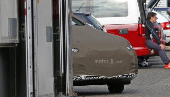 Audi розпочала тести нового кросовера Audi Q3