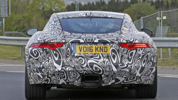 2017-jaguar-f-type-with-four-cylinder-engine-spy-photo-5