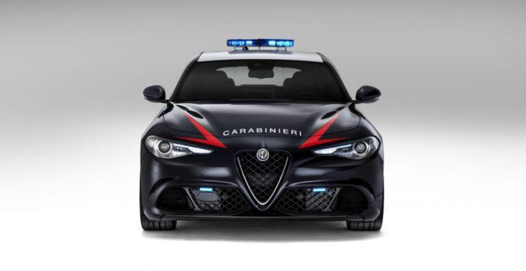 21084-1462500227-zaryazhennyy-sedan-alfa-romeo-guilia-qv-postupil-na-sluzhbu-v-italyanskuyu-policiyu