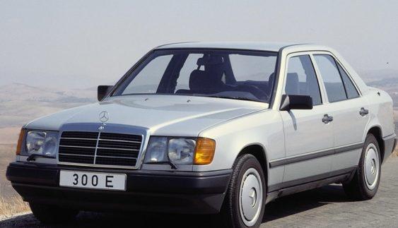 Автомобіль до 1000 доларів в Україні: як вибрати і купити?