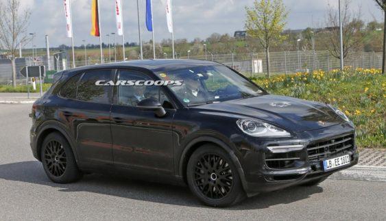 Вперше помітили новий Porsche Cayenne