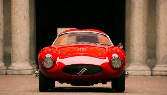 Ентузіасти почали збирати класичні авто з сучасною начинкою