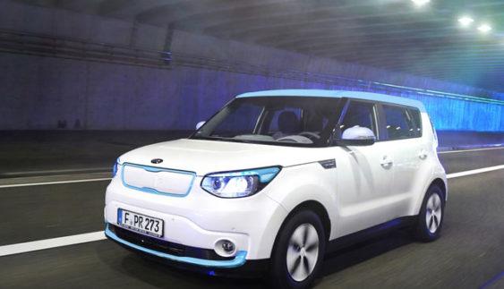 Українцям вперше покажуть електромобіль Kia Soul EV (Фото)